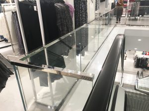 Southern Stainless - H&M Department Store, balustrade, stainless mirror polish fiinish