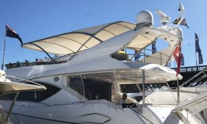 Stainless steel boat awning, rounded