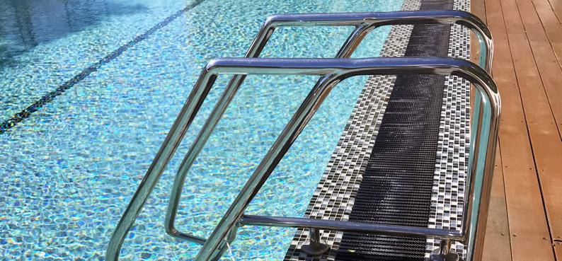 Stainless pool ladder australia