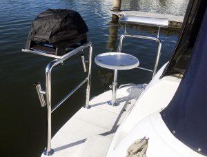 custom stainless steel stern rail for mustang
