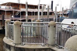 Stainless Commercial Projects, Curved balustrade Brisbane City Reach