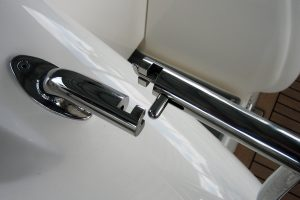 Removable stainless stern rail