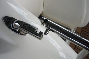Stainless heavy duty gate latch for duckboard rail