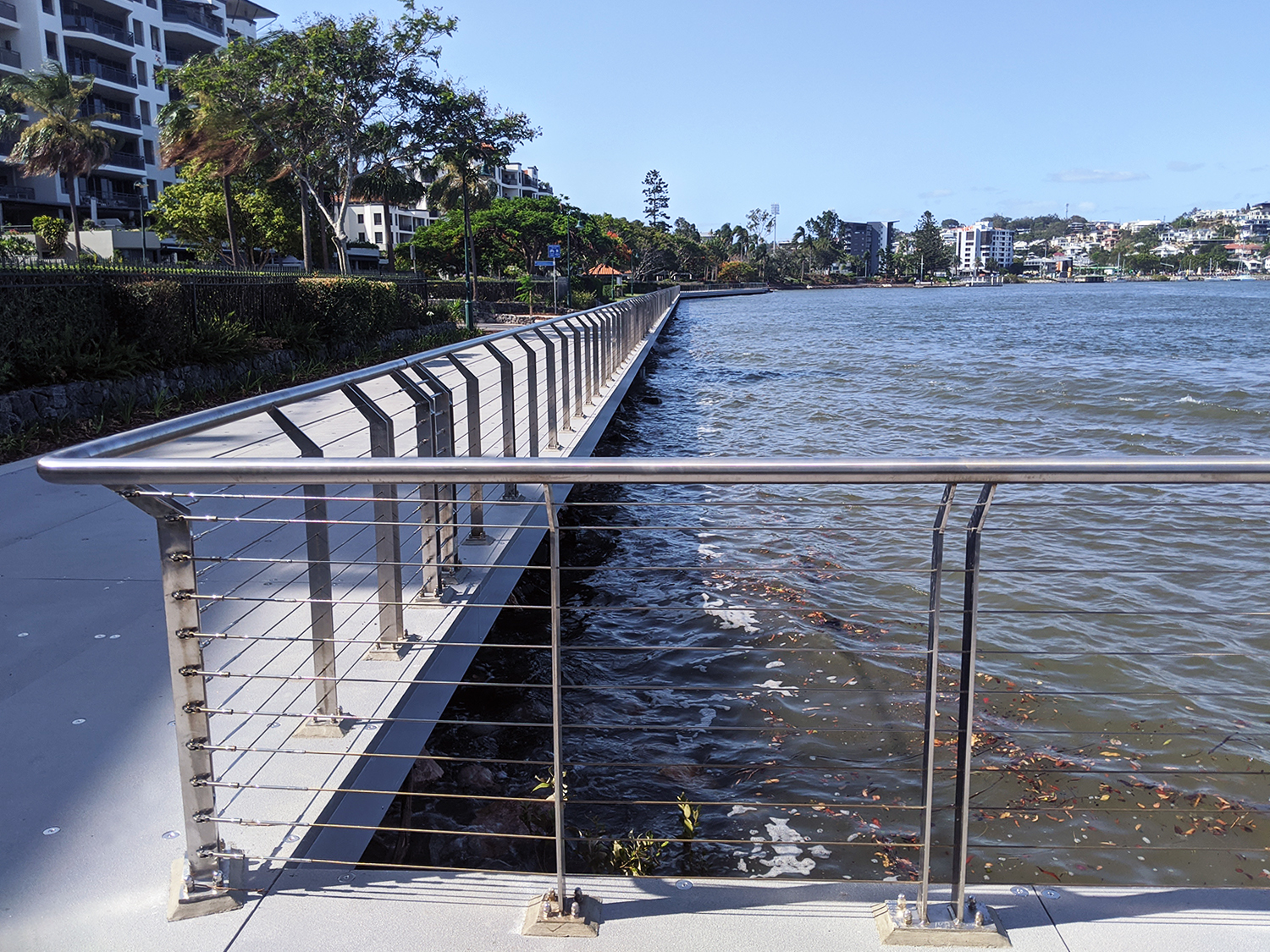 Mariners Reach, Brisbane stainless steel balustrad